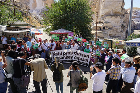 Protest am 2. Globalen Aktionstag am 23. September in Hasankeyf. | Foto: Ercan Ayboga