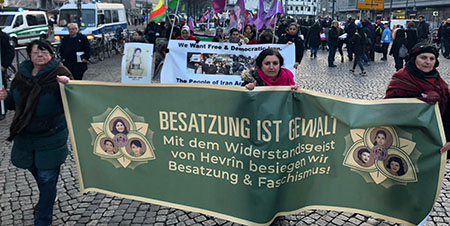 Frauendemo in Berlin
